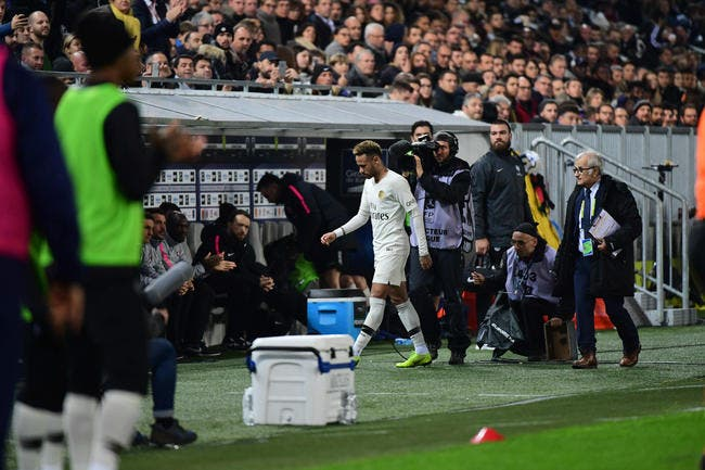 PSG : Neymar toujours en soins, inquiétude avant Belgrade ?