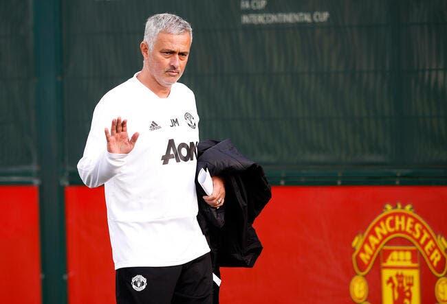 Ang : José Mourinho rigole presque 24h après avoir été viré