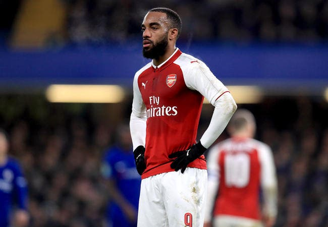 Lacazette absent quatre à six semaines — Arsenal