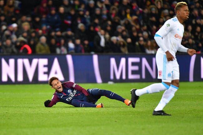 PSG: Neymar blessé, Riolo tape du poing sur la table