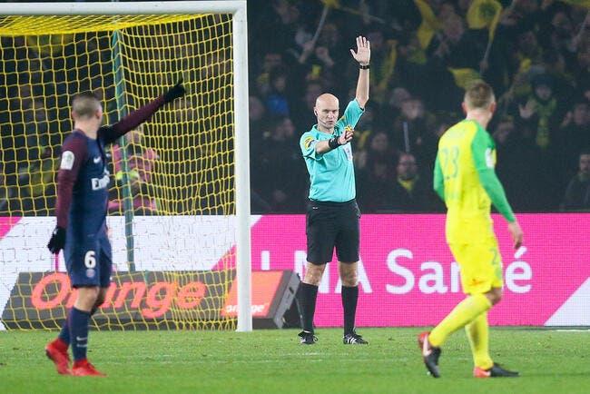 FCN-PSG : Chapron explique son geste et présente ses excuses