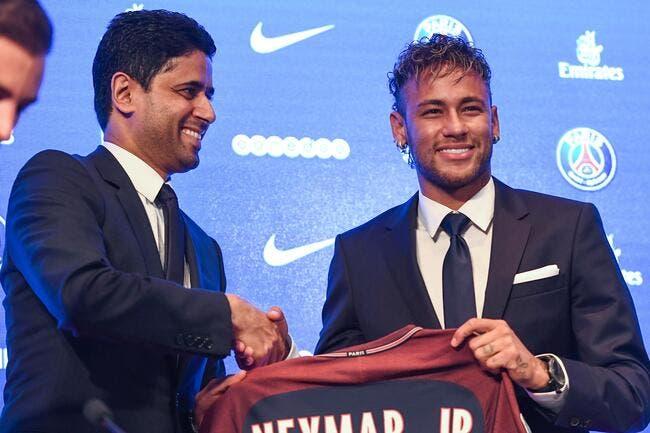 L'avocat de Neymar dévoile le chèque de 222M€