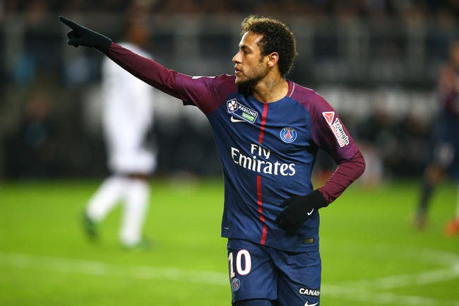 PSG: Neymar vexé et agacé par les sifflets du Parc des Princes