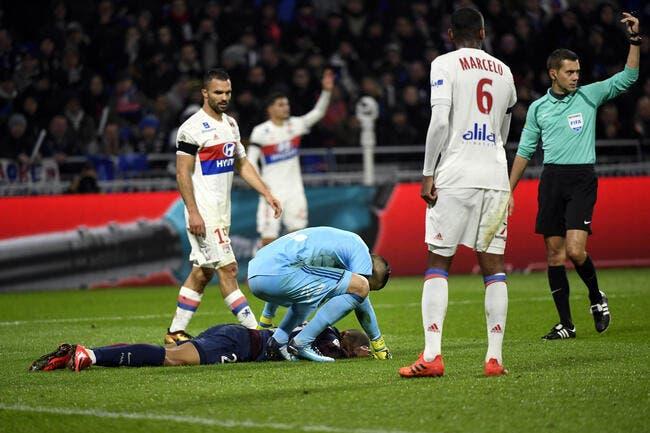 OL-PSG : Pierre Ménès défonce l'arbitre après le choc Lopes-Mbappé