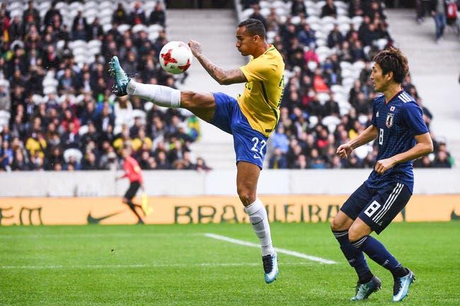 Brésil: Danilo blessé et forfait pour tout le Mondial