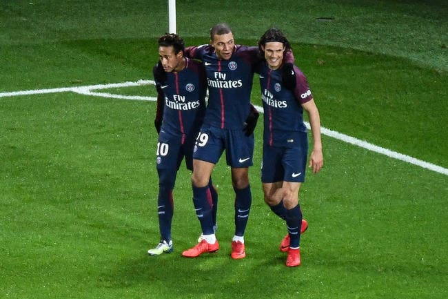 https://www.foot01.com/img/images/650x600/2018/Jul/08/psg-mbappe-cavani-neymar-pierre-menes-parle-mercato-iconsport_icon_dib_170118_11_36,224171.jpg
