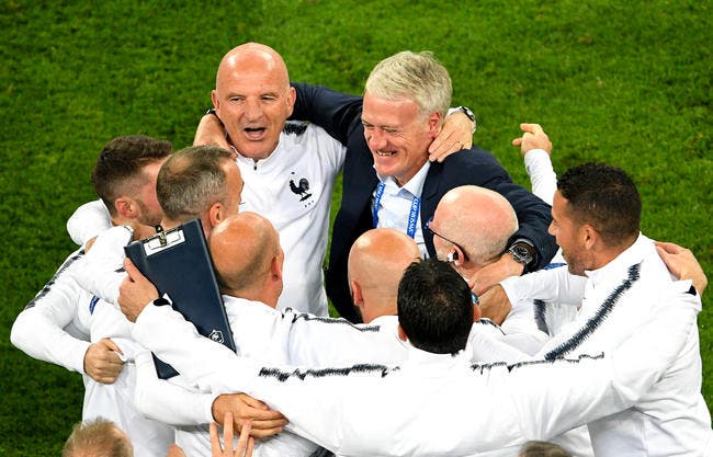 EdF : Pierre Ménès n'aime pas Deschamps, mais là il dit merci et bravo DD !
