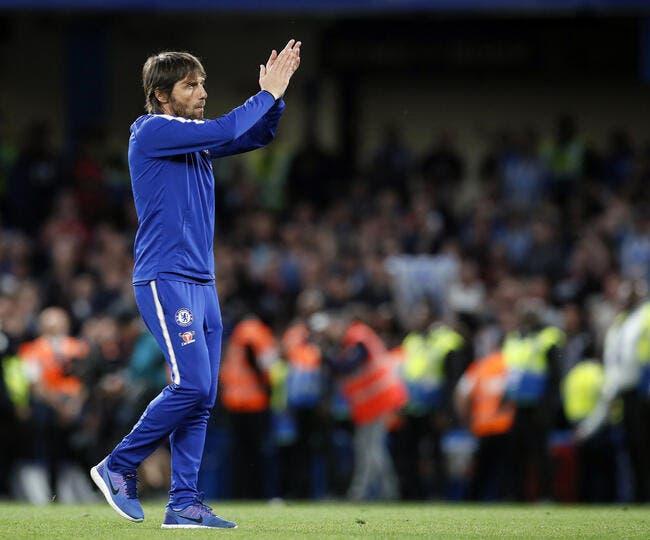 Chelsea: Antonio Conte prend la porte, Sarri arrive