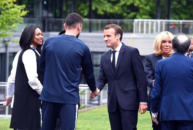 Macron recrute Payet et Koscielny pour France-Croatie