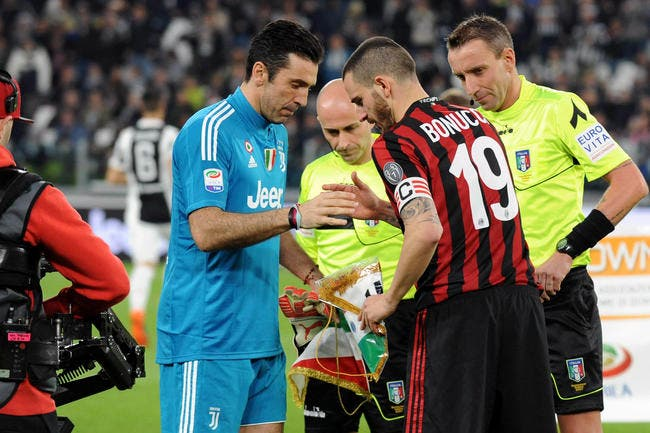 https://www.foot01.com/img/images/650x600/2018/Jul/13/psg-milan-vexe-bonucci-paris-n-en-demandait-pas-tant-bonucci-1,224651.jpg