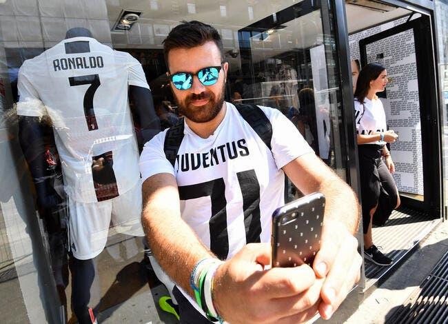 Cristiano Ronaldo affole la Juventus, 500.000 maillots CR7 vendus !