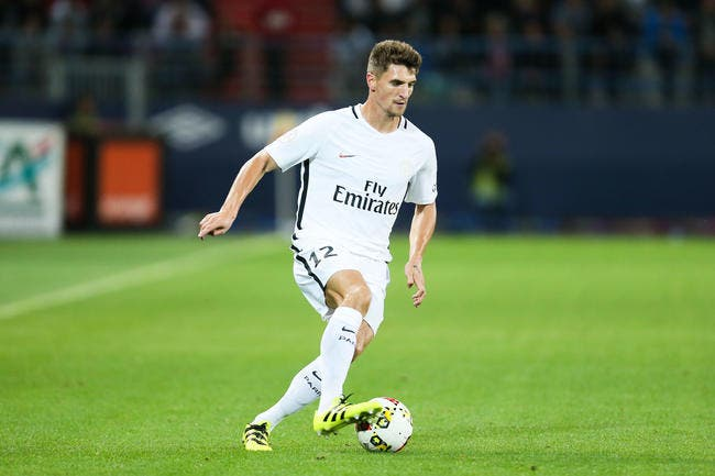 PSG : Ancelotti ne lâche pas Meunier d'une semelle