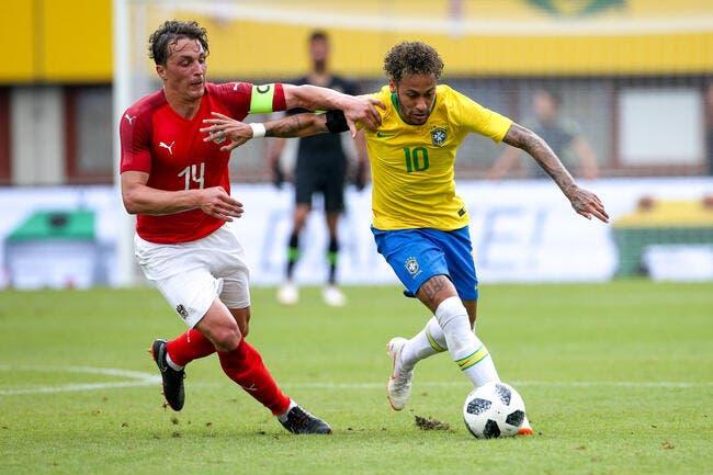 Neymar s�amuse face � l�Autriche, la preuve avec ce but