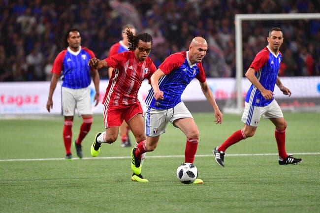 20 ans après, Zidane marque un coup-franc magistral