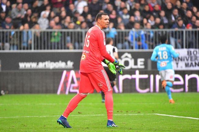 LOSC: Costil ou Pelé, Lille voit très grand pour son n°1