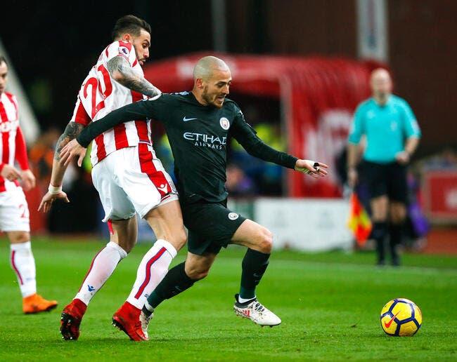 Stoke City - Manchester City : 0-2