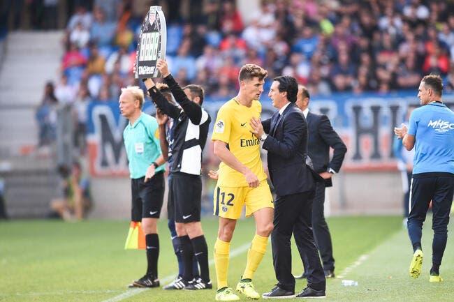 PSG : Meunier attend le départ d'Emery avec impatience