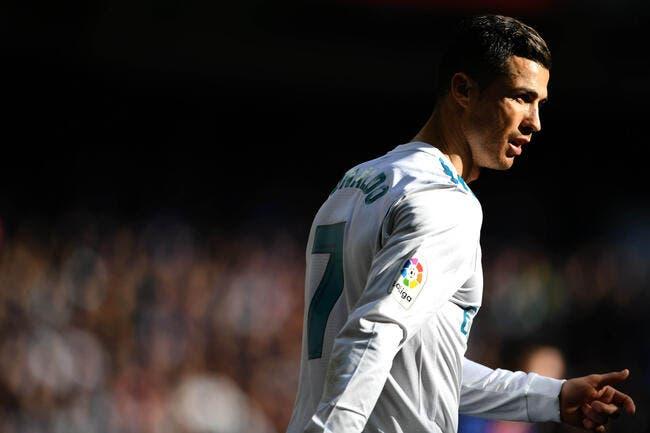Esp: Agacé, Cristiano Ronaldo ressort sa spéciale au Real
