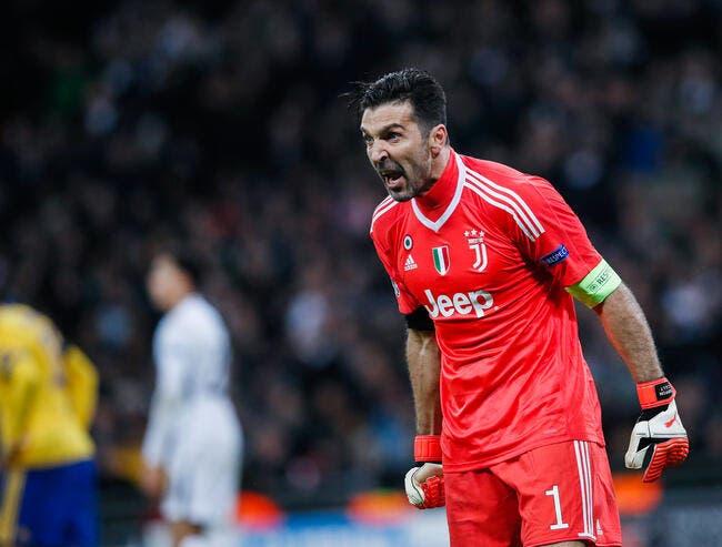 PSG : Appadoo détruit Buffon au PSG