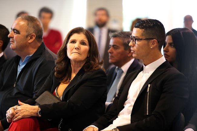 PSG: Cristiano Ronaldo transféré à Paris, sa mère fait un autre choix