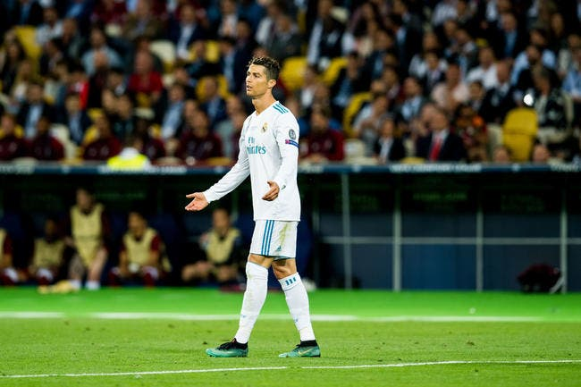 Esp : Pierre Ménès accuse Cristiano Ronaldo