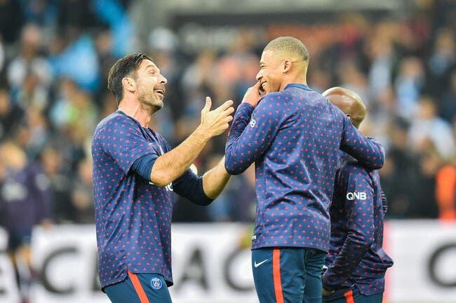 PSG : Déjà fan de Mbappé, Buffon veut lui donner le Ballon d'Or !