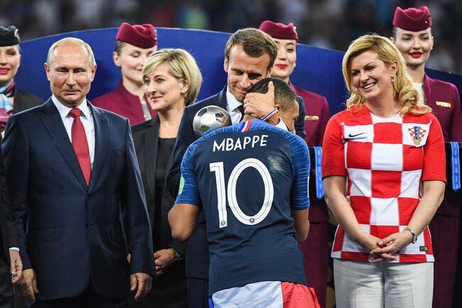PSG : Mbappé rend hommage à ce grand homme : Emmanuel Macron