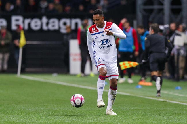 OL : Partir de Lyon ? Kenny Tete répond
