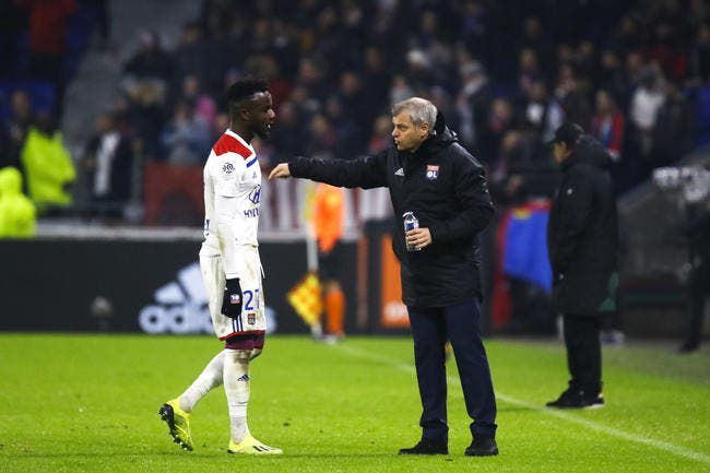 OL : Pierre Ménès soutient Bruno Genesio après un derby miteux