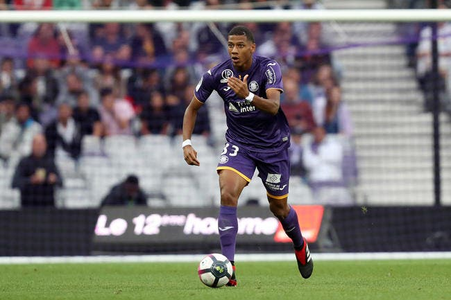 OL : Lyon craque pour ce défenseur de L1, c'est une surprise !