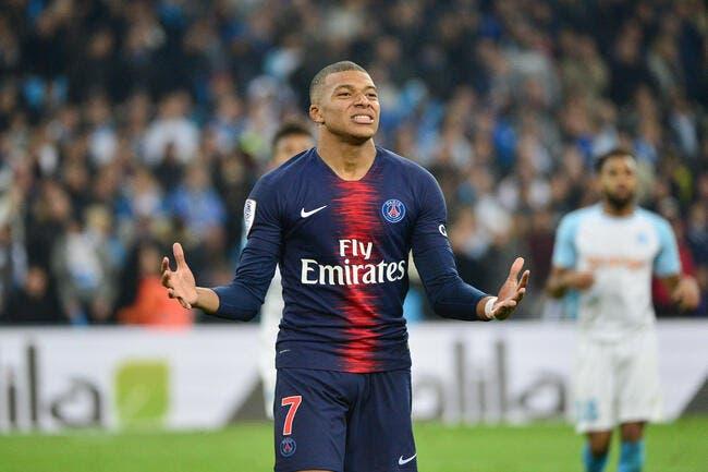 Kylian Mbappé dément être arrivé en retard pour PSG-Naples