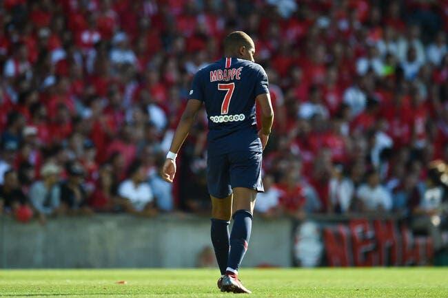 PSG: Trois matchs pour Mbappé, Pierre Ménès se pose une question