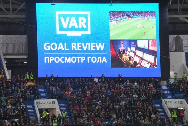 Foot : Il a inventé la VAR et réclame 86ME à la FIFA