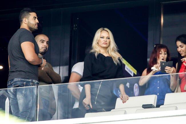 OM : Quand Hanouna se mêle du dossier Adil Rami-Pamela Anderson