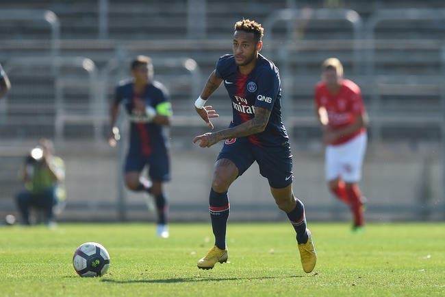 PSG : N°1 des tricheurs, Neymar n'égalera jamais la légende Messi