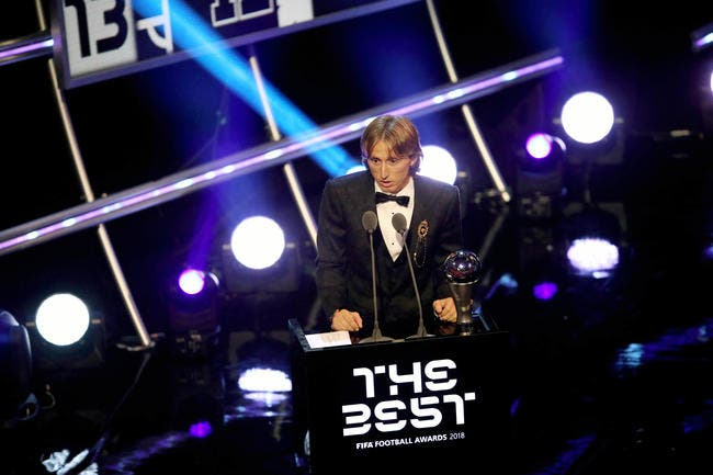 FIFA : Luka Modric élu joueur de l'année en attendant le Ballon d'Or
