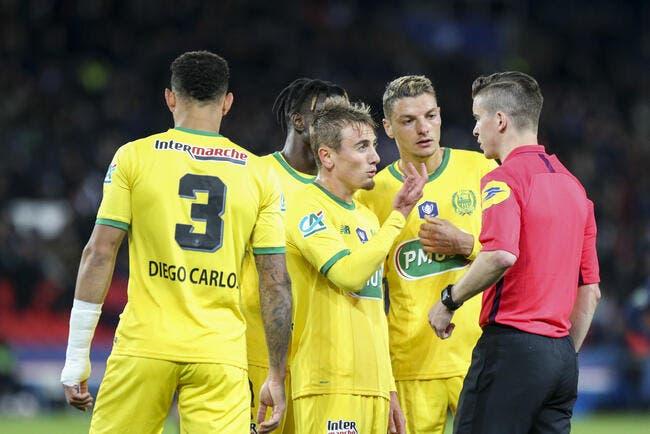 FCN: Pas de penalty contre le PSG, l'aveu scandaleux de l'arbitre !