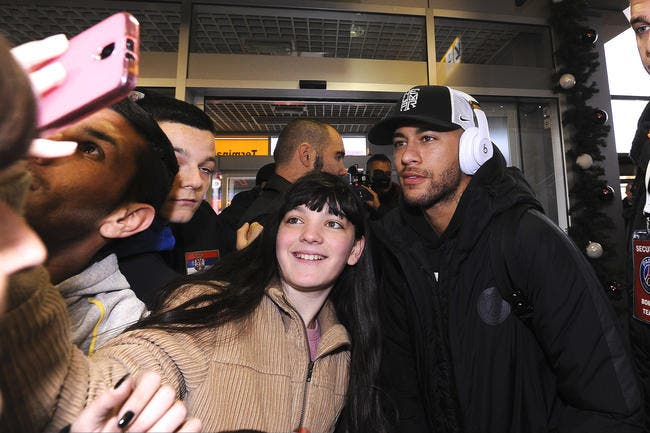 Neymar, Messi et des stars du sport dans une touchante vidéo...publicitaire