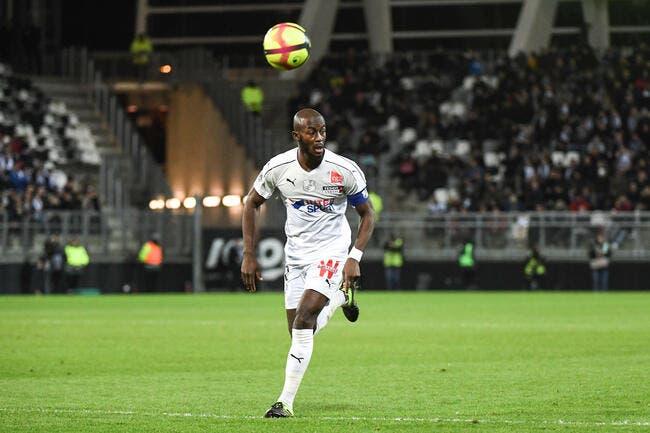 Le match Dijon-Amiens interrompu quelques minutes en raison de cris racistes