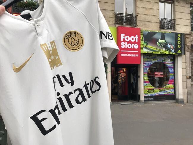 PSG : Mise en vente d'un maillot floqué avec Notre-Dame pour aider la reconstruction