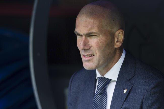 Real: Son fils au détriment d'une recrue, Zidane défie la direction
