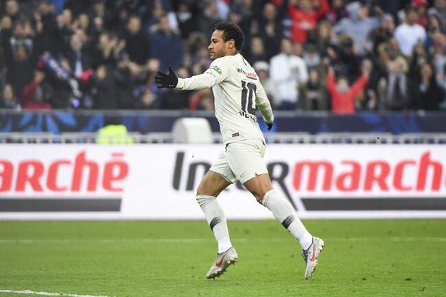 PSG : Le superficiel Neymar ne sera jamais Cristiano Ronaldo, il prend cher