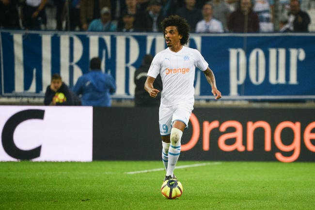 OM: Eyraud voit déjà Luiz Gustavo à la retraite à Marseille