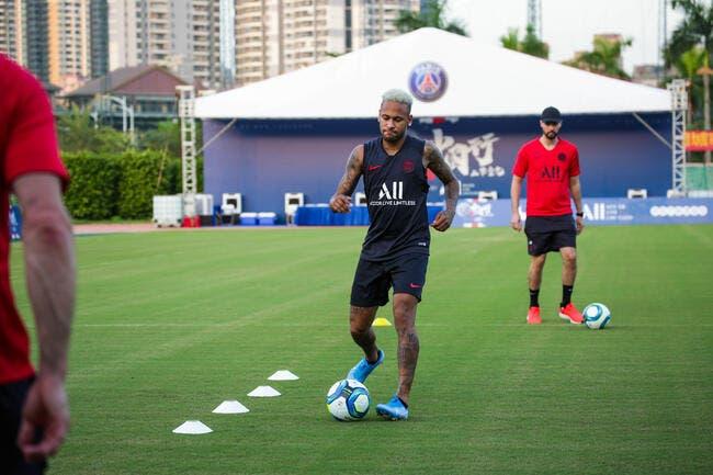 PSG : Neymar s'entraîne seul, blessure interdite !