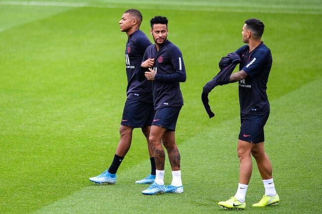 PSG : Le Barça se moque de Paris et Neymar, Pierre Ménès accuse