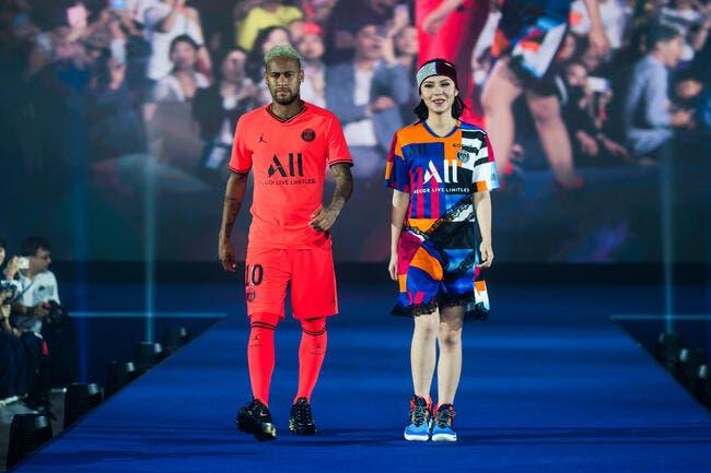 PSG : Nike en alerte, Neymar très proche du Barça ?