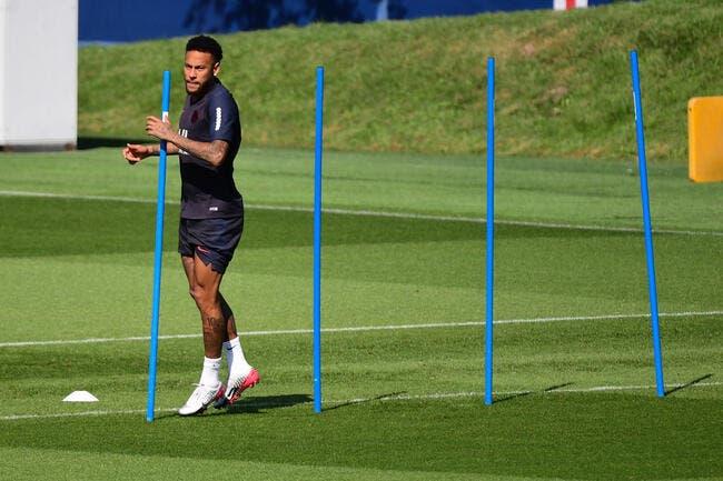 PSG : Le clan Neymar ne croit plus à un transfert à Barcelone !