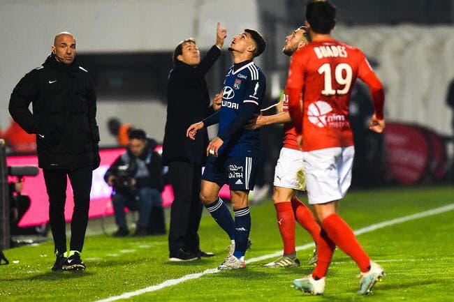 OL : Aouar l'avoue, l'arbitre a favorisé Lyon contre Nîmes !