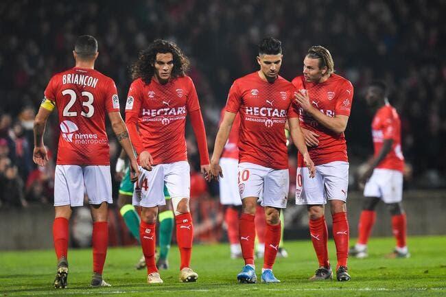 L1 : Ça sent le sapin pour Nîmes et Toulouse