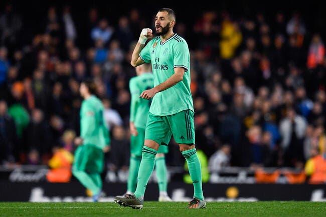 EdF : Karim Benzema de retour, il se bouche les oreilles